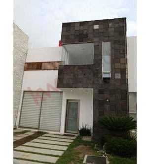 Renta De Casa $13,500 En Fracc.rincon De La Plata, Blvd. Ramón G. Bonfil, Pachuca, Hidalgo