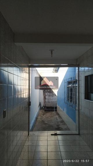 Barracão 2 Quartos, Bairro Vila Oeste - 2341