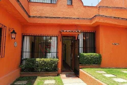 Casa Sola, Ubicada En Zona Norte, Cuernavaca Morelos.