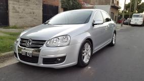 Volswagen Vento 2.5 Luxury 2 Dueño Con 73 Mil Kilom. Reales