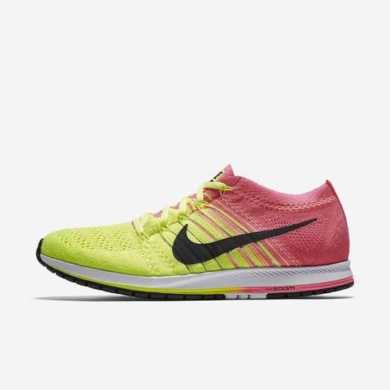 Tênis Nike Streak Flyknit - Running - Promoção