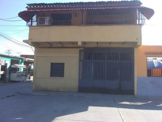 Casa En Venta Los Tamarindos Mariara Carabobo 20-6765 Prr
