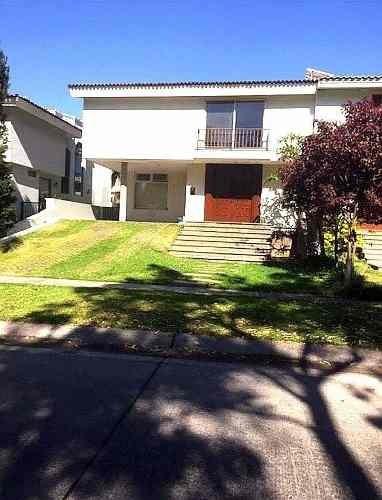 Excelente Casa En Renta En Valle Real