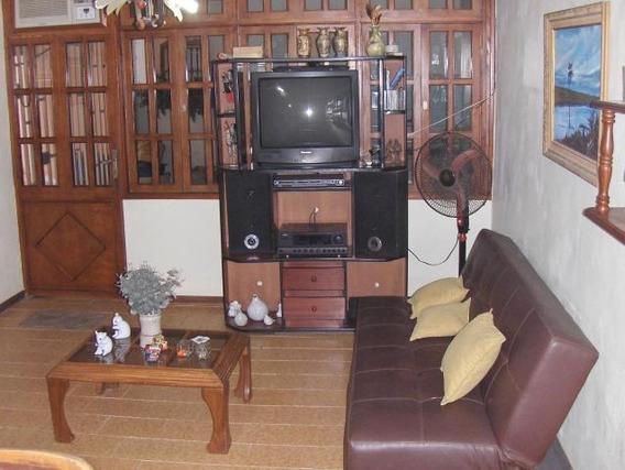 Casa En Venta Fundación Mendoza 19-1008 Telf: 04120580381