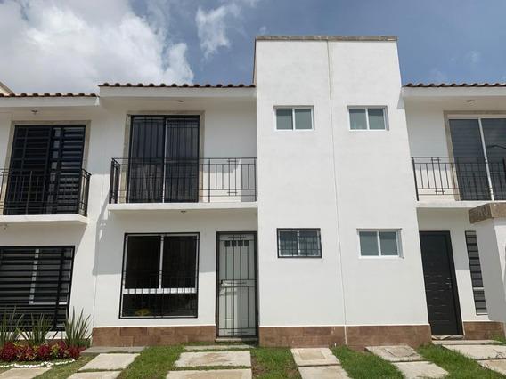 Casa Amueblada En Renta $9,000 Fraccionamiento Privado Carmena León, Gto.