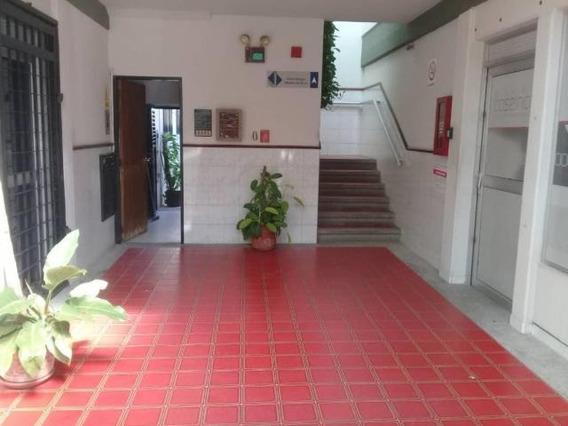 Oficina En Alquiler 20-3046 Juan&milagros 04120580381