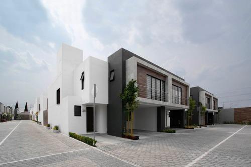 Casa En Venta En Reforma En Toluca En Edo Mex