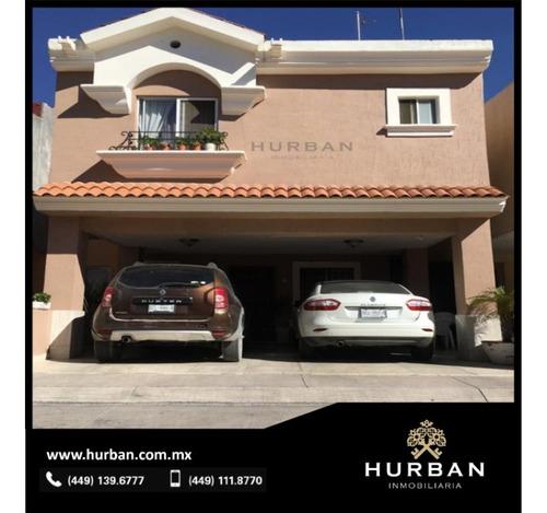 Hurban Vende Casa Modificada Y Ampliada, De Dos Plantas, En