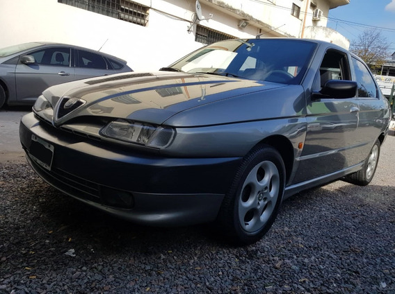 Unico: Alfa Romeo 146 1999 1.8 Ts Km: 68.000 Reales