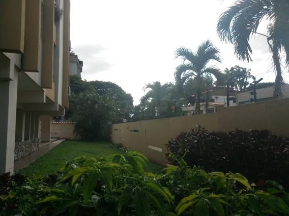 Apartamento En Venta La Trigaleña Valencia Cod 20-8383 Ar