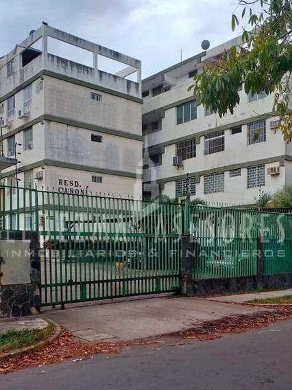 Penthouse En Villa Central