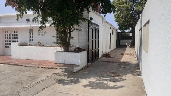 Casa En Alquiler En Sector Tierra Negra Mls #20-21131 N M