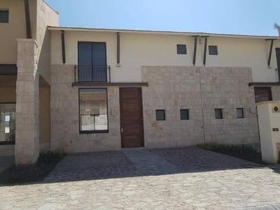 Casa Sola En Renta Residencial Hacienda Valbuena