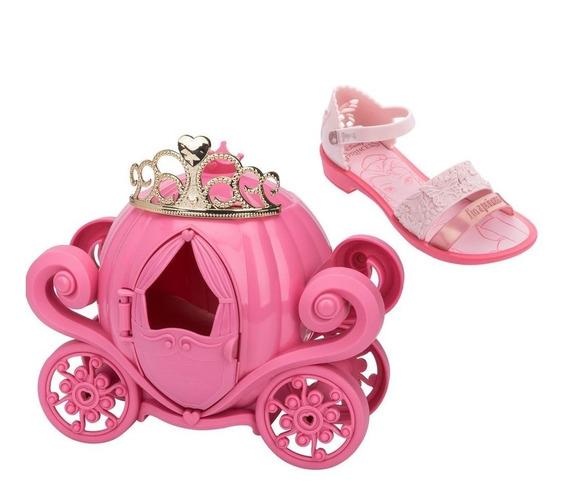 Sandálias Infantil Princesas Com Coroa E Carruagem Real Rosa