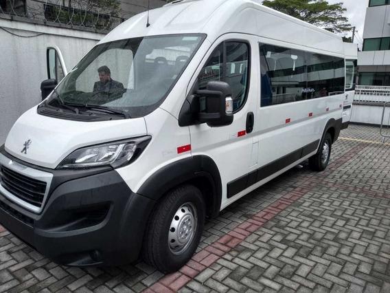 Peugeot Boxer 2020 Minibus Executiva