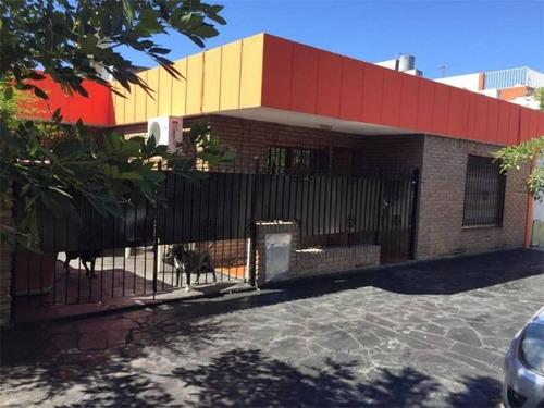 Casa 3 Ambientes  El Palomar