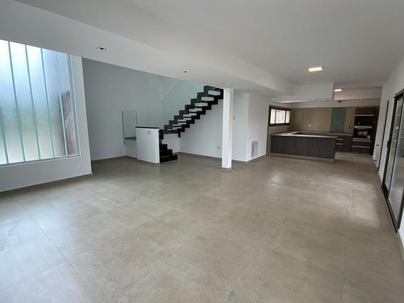 Casa 3 Dorm Moderna - Las Cañitas Barrio Privado - 240