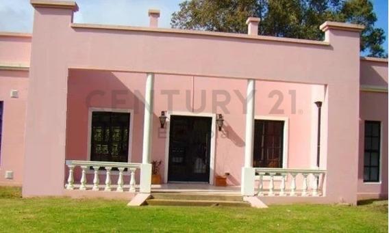 Campos De Roca - Vende Casa 4 Dormitorios