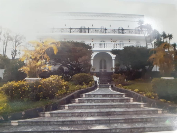 Exclusiva Casa En La Lagunita