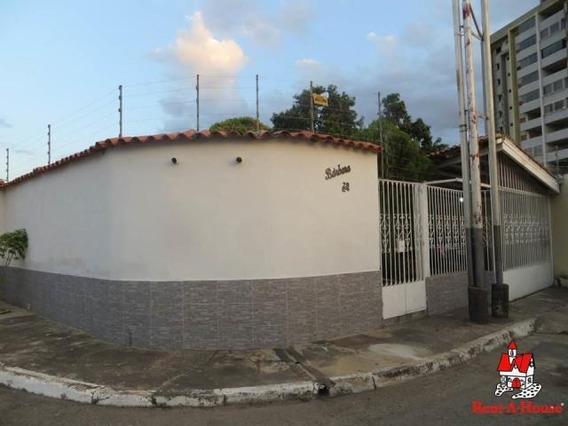 Quinta En Venta San Jacinto, Maracay 20-10515 Hcc