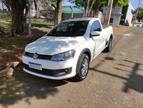 Imagem 1 de 14 de Volkswagen Saveiro 2013 1.6 Cab. Simples Total Flex 2p