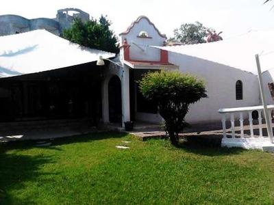 Casa Sola En Jardines De Cuernavaca / Cuernavaca - Vem-258-cs