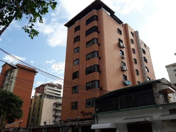 Apartamento En Venta Urb Calicanto Maracay/ 20-9172 Wjo