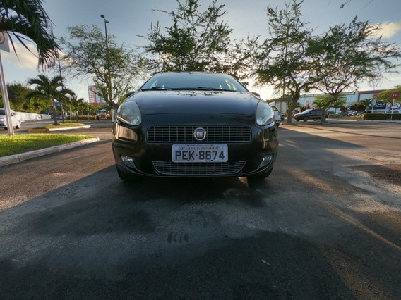 Fiat Punto 1.8 16v Essence Flex 5p 2012