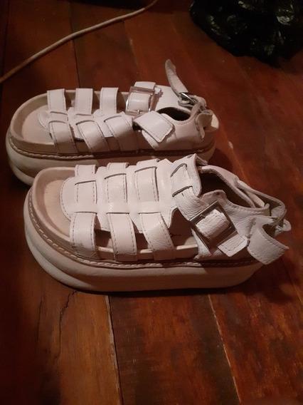 Sandalias Blancas En Buen Estado Usadas