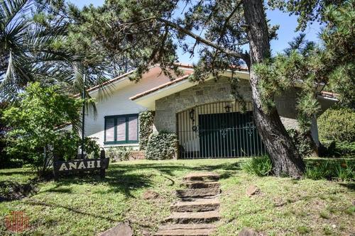 Casa En Punta Del Este , Cantegril- Ref: 12000