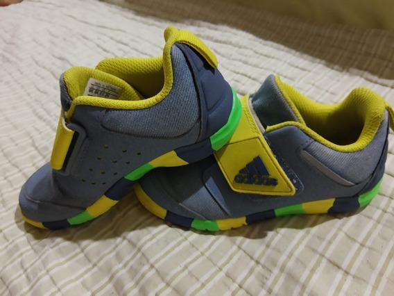Zapatillas adidas Niño Talle 26