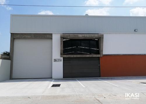 Imagen 1 de 14 de Bir-439 Bodega Zona Industrial 2000 M2 Buen Precio
