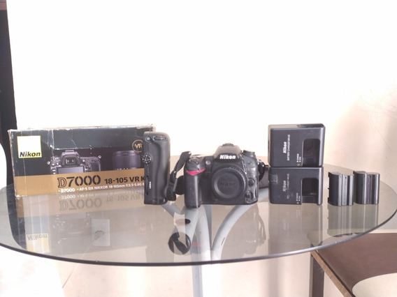 Kit Câmera Fotográfica Nikon D7000 Com Grip