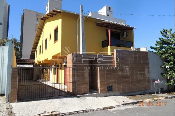 Casa Excursão Em Meia Praia - 1441