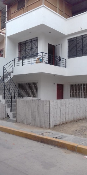 Venta Casa En Tumbes 4 Habitaciones 4 Baños
