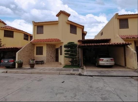 Casa En Venta Zona Este Barquisimeto Lara 20-109