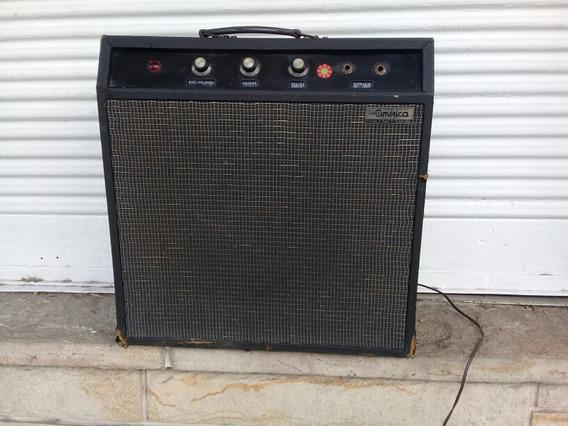 Antiguo Amplificador Valvular Casa América