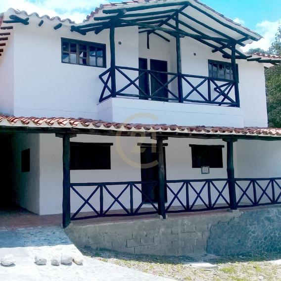Casa De 4 Habitaciones En La Mucuy Baja