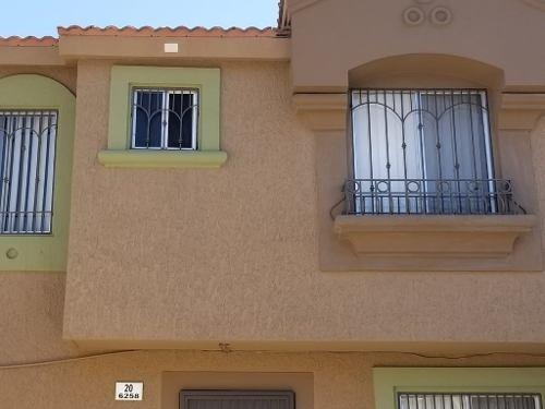 Casa En Renta En Priv. Tenerife, Col. Santa Fe Quinta Sección, Tijuana B.c.