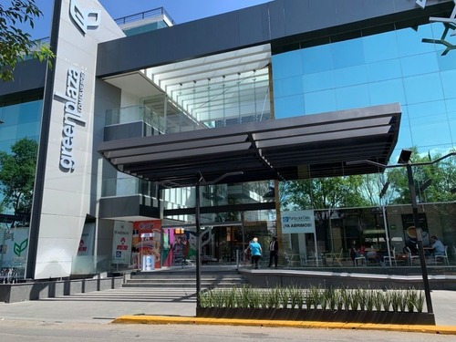 Plaza Comercial En Renta