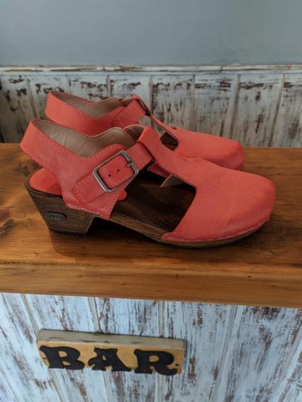 Zapatos Zuecos 47st. Impecables! 35