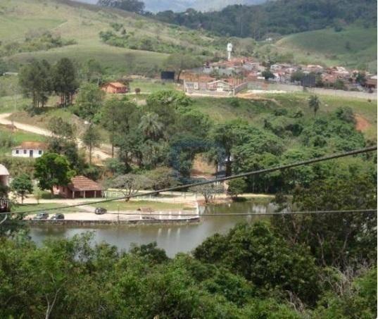 Belíssimo Terreno - Condomínio & Clube Fazenda Arcadas - Amparo. - Te0066