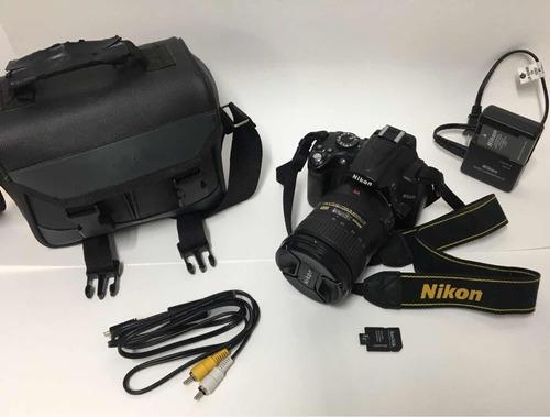 Câmera Nikon D5000 + Lente Nikon 18-200mm + Flash Sb 400