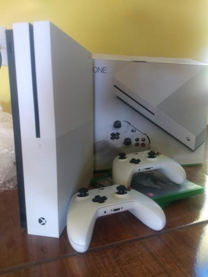Xbox One S 500gb + 2 Controles Originais Wireless + 04 Jogos