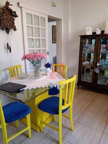 Apartamento De 3 Dormitórios Com Sacada À Venda No Centro Histórico De Porto Alegre - Ap2727
