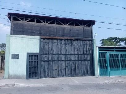 Iris Marin Alquila Galpon Cabudare Centro