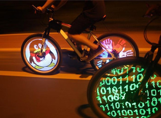 Luz Led Bicicleta Rueda Programable Rgb Alta Calidad