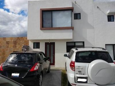 Ngj/ Casa En Renta En Zibatà