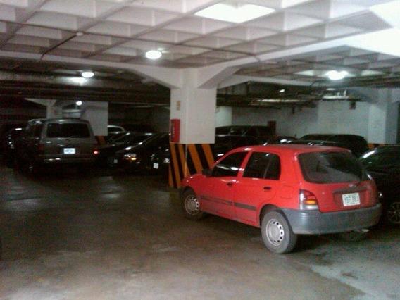 Puesto De Estacionamiento 3,5m2 Caracas La Florida