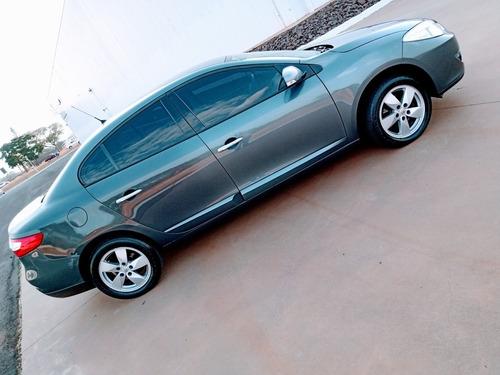 Renault Fluence 2012 2.0 Dynamique Hi-flex 4p